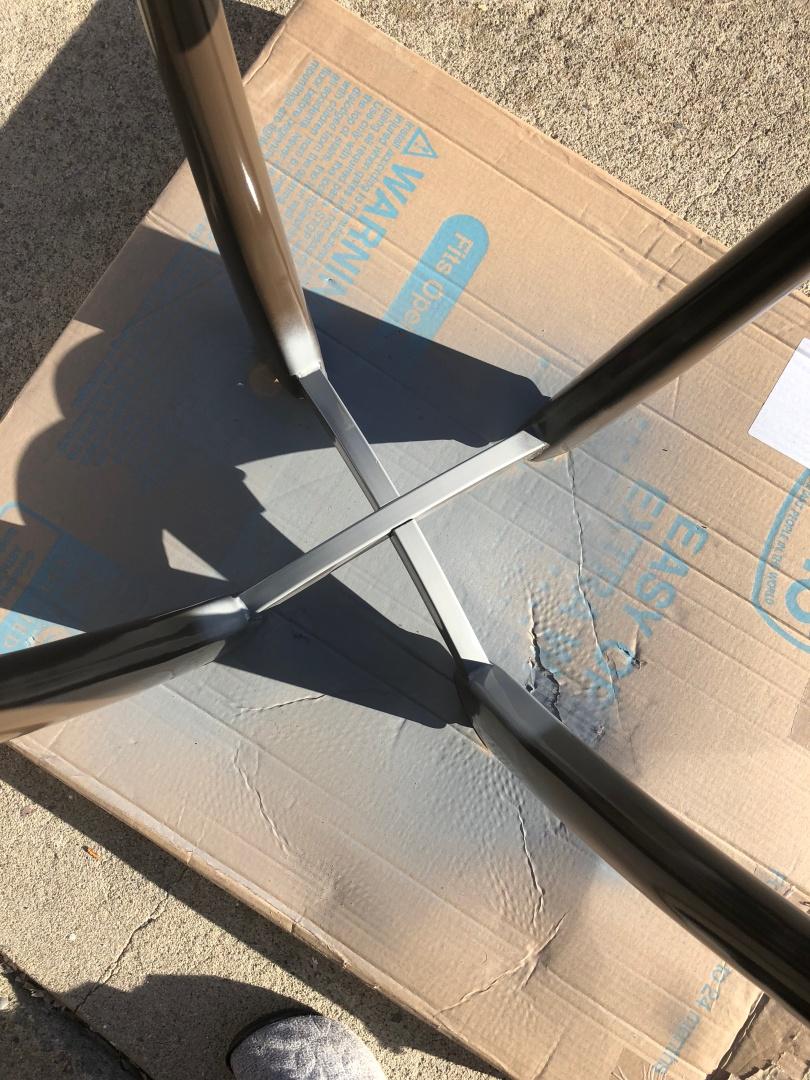 Metal table refurbished with rust-oleum spray paint